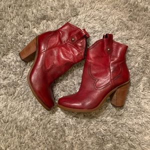 Jessica Simpson Red Western booties